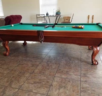 very nice 9ft Imperial pool table